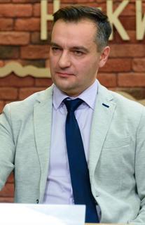 Дмитрий Гнап