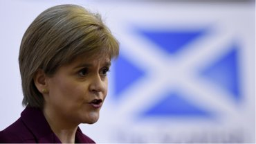 Шотландия может остаться в ЕС, но выйти из Великобритании - фото 1