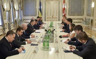 Порошенко договорился о либерализации визового режима - фото 1
