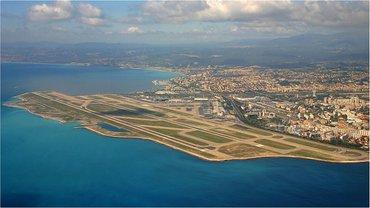 В аэропорту Ниццы проходи этвакуация - фото 1