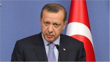 Эрдогана избежал военного переворота в стране - фото 1