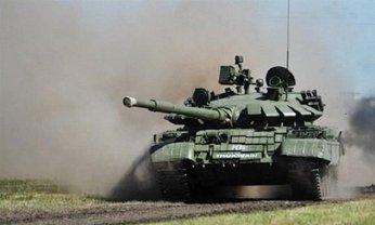 Россия доставила в Крым огромное количество военной техники - фото 1