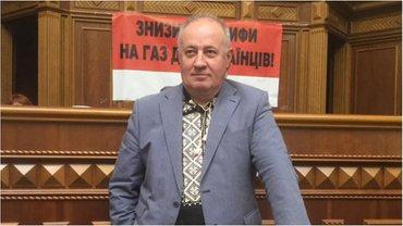 Чумак рассказал, кто не голосует за увольнение судей - фото 1