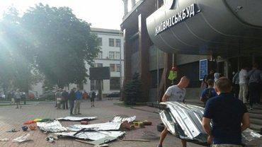 "Полиция задержала командира ""Азова"" в столкновениях под ""Киевгорстроем"" - фото 1"