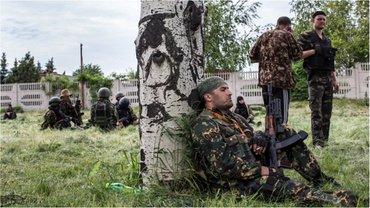 Боевики стреляют по позициям ВСУ с территории кладбища - фото 1