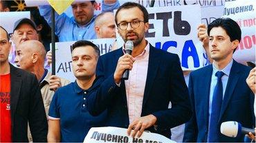 Депутат озвучил свою версию истории со Сбербанком - фото 1