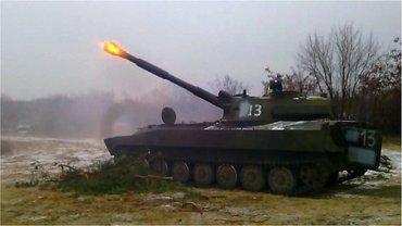САУ и БМП прибыли на Донбасс из России - фото 1