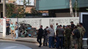 У вересні «Інтер» вже пережив підпал і блокаду - фото 1