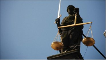 В Кривом Роге за препятствие журналистам осудят двоих нарушителей - фото 1