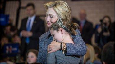 Клинтон получила перевес по количеству голосов американцев - фото 1