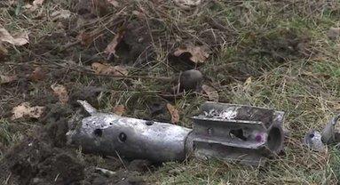 Несколько мин боевики запустили по территории больницы в Донецке - фото 1