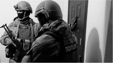Правоохранители пресекают деятельность преступной группировки - фото 1