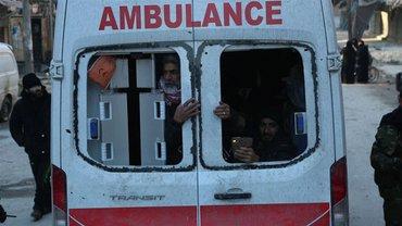 Сирийские военные обстреляли гражданский конвой - фото 1