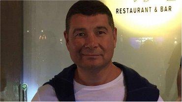 По словам Онищенко, он передал компромат спецслужбам США - фото 1