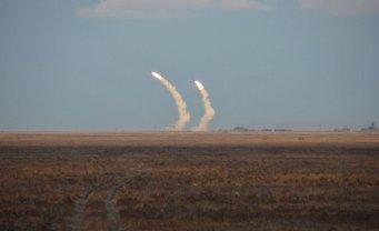 Украина намерена проводить учения на своей территории без одобрения какой-либо из стран - фото 1