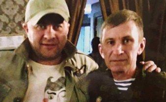 Российский генерал фотографировался с Михаилом Пореченковым в Донецке - фото 1