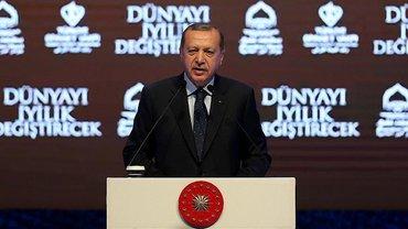 Эрдоган пообещал, что турки в Нидерландах покажут свое отношение к этому на выбоарх - фото 1