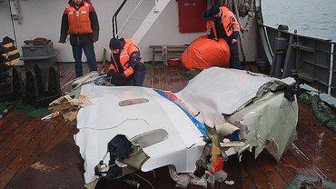 Пилот Ту-154 сам направлял самолет на снижение до самого столкновения - фото 1