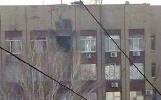 """Боевики назвали обстрел захваченного ими же здания """"терактом"""" - фото 1"""