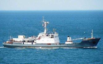 Российский корабль-разведчик идет ко дну - фото 1