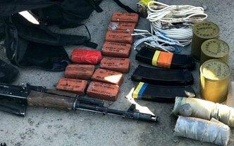 СБУ изъяаал арсенал оружия  - фото 1