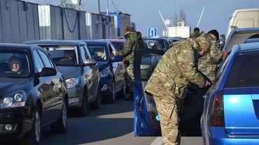 В ГПСУ рассказали о том, что  террористы не пропускают через линию разграничения сотрудников заводов - фото 1