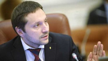 Дал украинцам безвиз и сорвал здоровье - фото 1