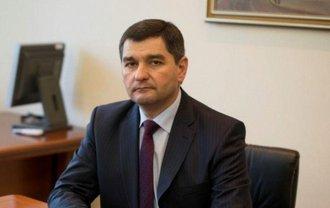 Украинский топ-чиновник приобрел автомобиль почти за миллион гривен - фото 1