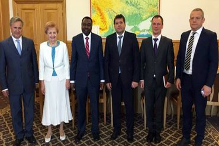 Вице-премьер обсудил с руководством ИКАО нарушения со стороны оккупантов - фото 1
