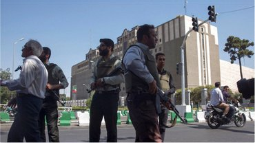 В центре внимания - Тегеран - фото 1