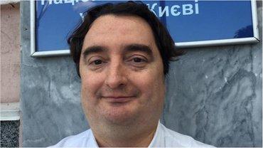 Гужва сдал паспорта - фото 1