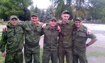 Кадровые российские военные отлавливают симулянтов и отправляют их на передовую - фото 1