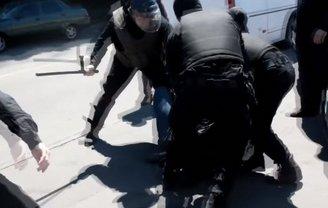 Что ожидает остальных полицейских, избивавших АТОшников, неизвестно - фото 1