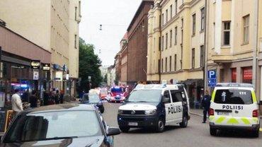 Авто, въехавшее в толпу людей в Хельсинки, не зацепило украинцев - фото 1