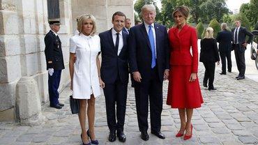 Трамп оскорбил жену Макрона во врема визита в Париж - фото 1