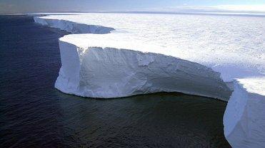 Обломок айсберга коренным образом изменит ландшафт Антарктики - фото 1