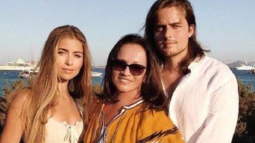 София Ротару с семьей прекрасно проводит время на отдыхе в Сардинии - фото 1