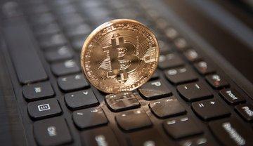 В НБУ не поддерживают позицию других стран относительно Bitcoin  - фото 1