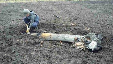 Военный подорвался во время разминирования арсеналы в Балаклее - фото 1
