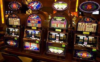 В минфине созвали срочное совещание по легализации игровых автоматов - фото 1