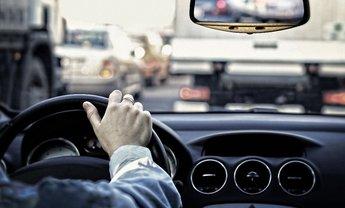 Uber поднял тарифы в Киеве из-за осенних пробок - фото 1