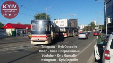 Трамвай слетел с маршрута - фото 1