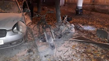 От взрыва пострадал депутат и погибли 2 полицейских - фото 1