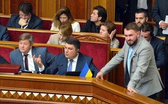 Депутат Лозовый в центре внимания - фото 1