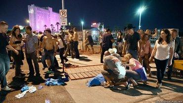 В Лас-Вегасе стрелок убил 59 человек - фото 1