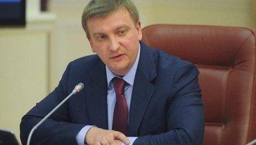 Павел Петренко анонсировал большую судебную войну с Россией - фото 1