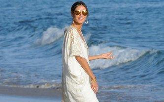 Хайди Клум похвасталась идеальной фигурой в отпуске - фото 1