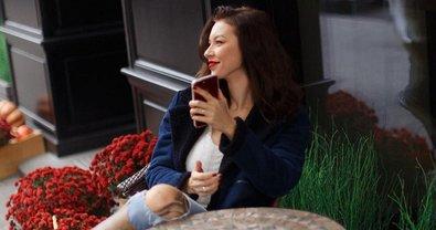 Полина Логунова похвасталась идеальной фигурой после родов - фото 1