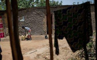 От сексуального насилия сотрудников ООН пострадали минимум 30 женщин - фото 1