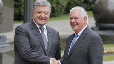 Петр Порошенко и Рекс Тиллерсон - фото 1